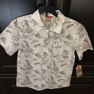 Boys buttoned-down short sleeved shirt